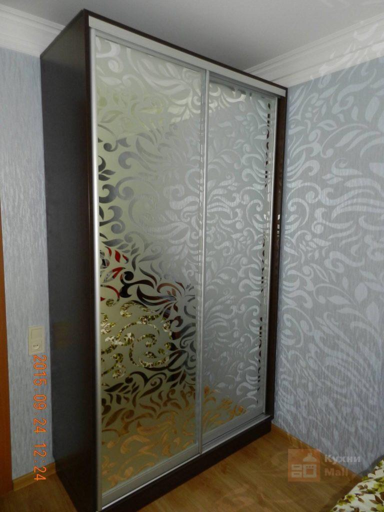 Двухдверный зеркало пескоструйное